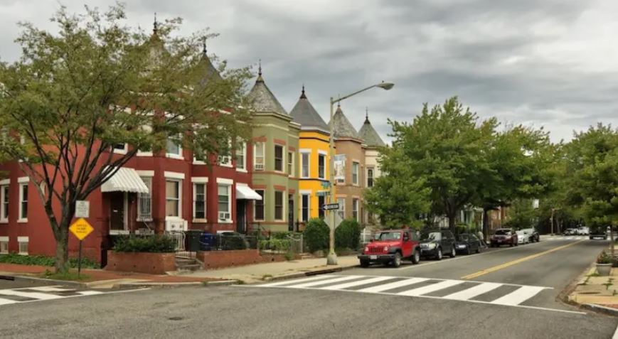 An image of a street corner in Truxton Circle.